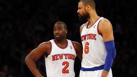 Raymond Felton and Tyson Chandler of the Knicks