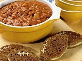 Pumpkin chili with grilled cheese quot;footballsquot;