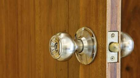 Replacing a tubular doorknob and lock set can