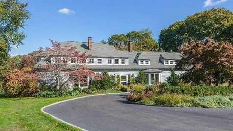 This Huntington Bay home, on the market for