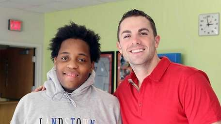 David Wright with Brandon Kemp. (2013)