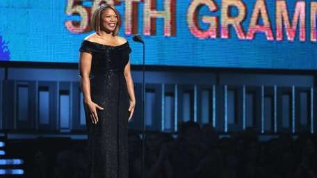 Queen Latifah introduces a performance of