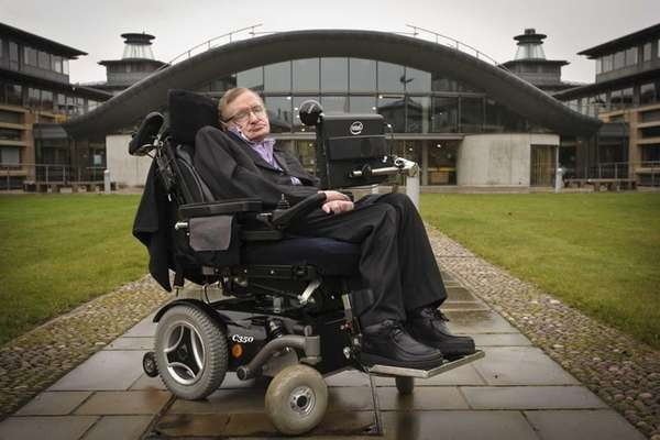 Stephen Hawking outside DAMTP, Department of Applied Mathematics