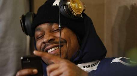 Marshawn Lynch of the Seattle Seahawks sits in