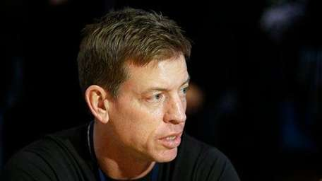 Troy Aikman speaks during an interview at the