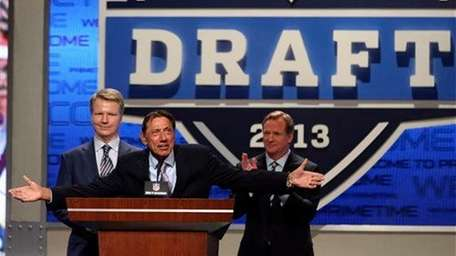 NFL commissioner Roger Goodell, right, Joe Namath and