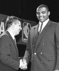 NBA Commissioner David Stern, left, shakes Charles Barkley's