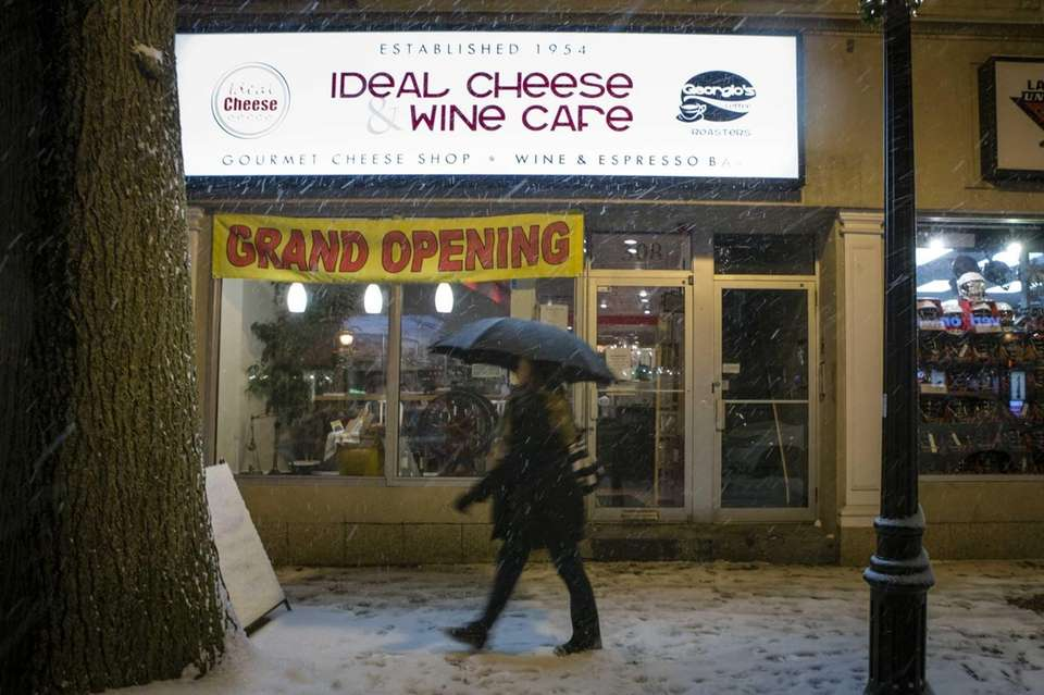 Ideal Cheese and Wine Cafe is a cheese