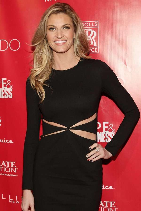 Erin Andrews attends the Super Bowl XLVIII party