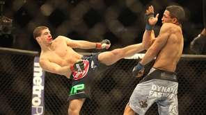 Al Iaquinta fights Kevin Lee at UFC 169