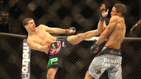 Al Iaquinta fights Kevin Lee at UFC 169