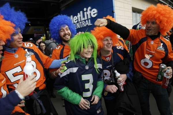 Seahawks fan Cooper Dumas, 13, of bend Ore.,