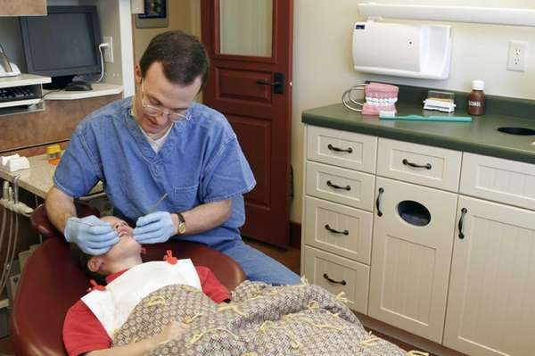 Free dental screenings for Long Island kids on