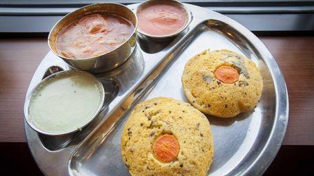 The Kangipuram iddly platter featuring cream of rice