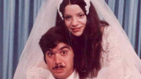 Susan and Robert Davniero of Lindenhurst married on