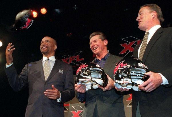 Drew Pearson, left, former Dallas Cowboys wide receiver,