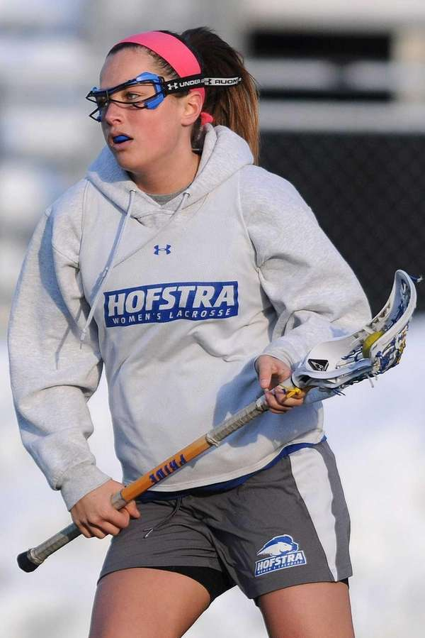 Hofstra's Brittain Altomare practices with the women's lacrosse