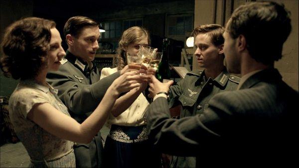 Katharina Schuttler as Greta, Volker Bruch as Wilhelm,