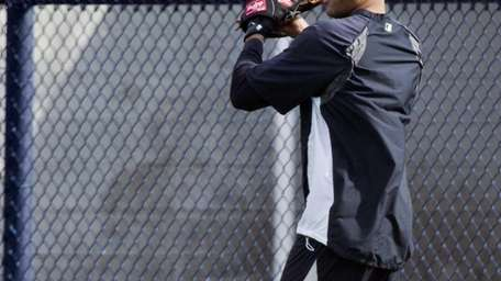 Derek Jeter works out at the team's minor-league