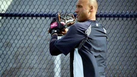 Yankees' Derek Jeter works out at the team's