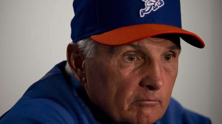 Mets manager Terry Collins talks to the media