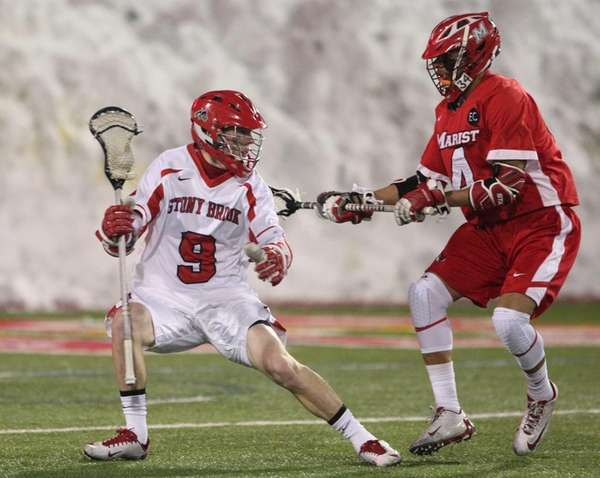 Stony Brook's Ryan Blitzer tries to get by