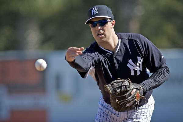 Yankees Mark Teixeira works out with the team