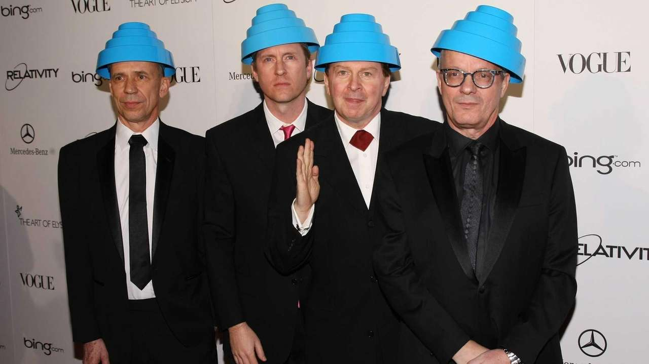 Musician Bob Casale of Devo died from health