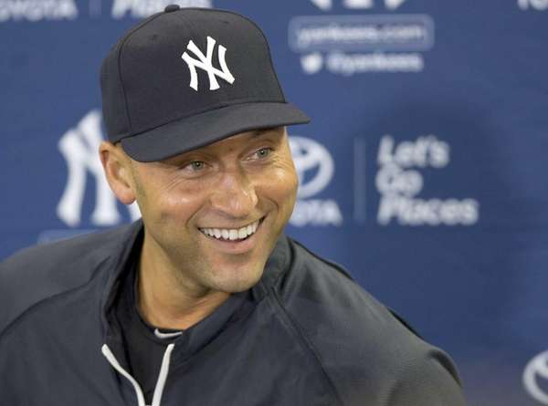 Yankees' Derek Jeter speaks during a press conference