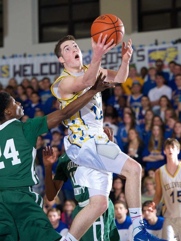 Kellenberg's Kyle Quinn drives to the basket in