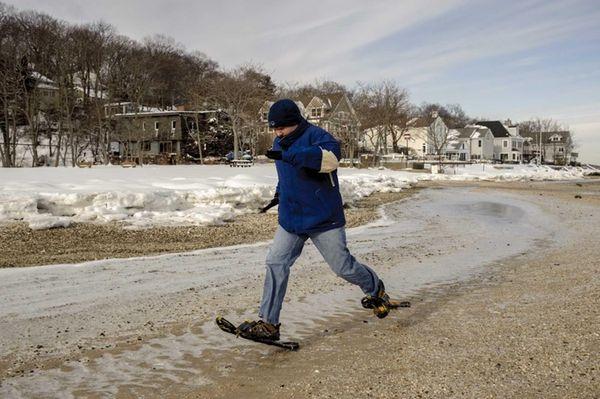 Brendan Cribbin runs a relay during a shoeing