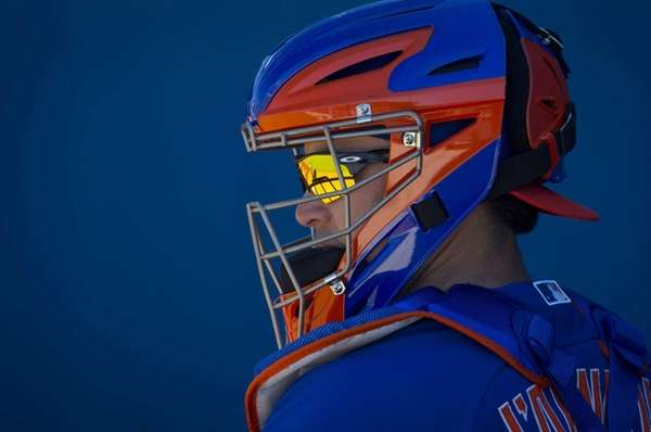 Mets catcher Travis d'Arnaud at spring training on