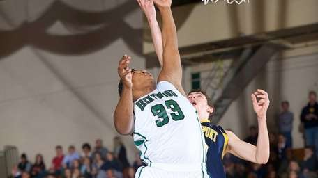 Brentwood forward Kameron Works attempts a layup during