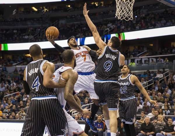 Knicks' Carmelo Anthony looks for a shot as