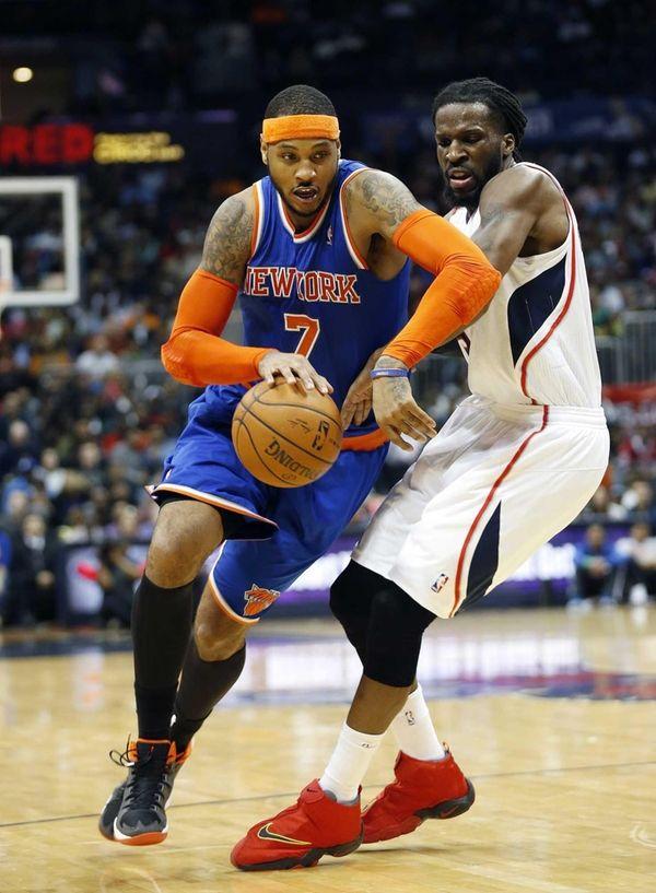 Knicks forward Carmelo Anthony drives against Atlanta Hawks