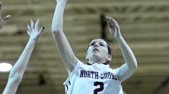 North Shore's Ashleigh Sheerin takes an inside shot