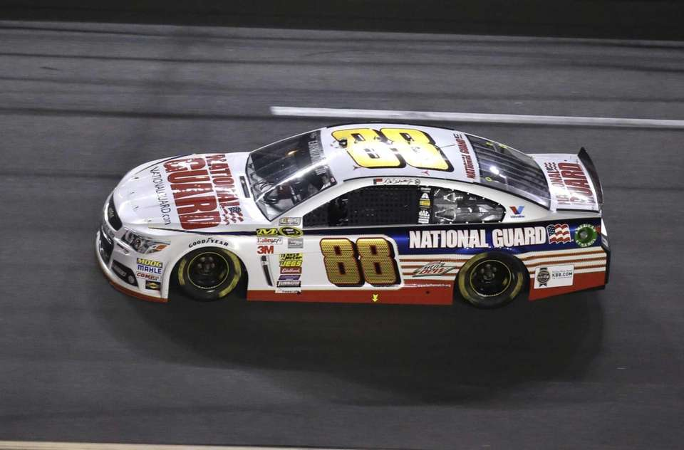 Dale Earnhardt Jr. (88) races during the NASCAR