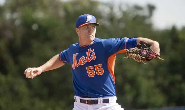 Mets pitcher Noah Syndergaard throws live batting practice