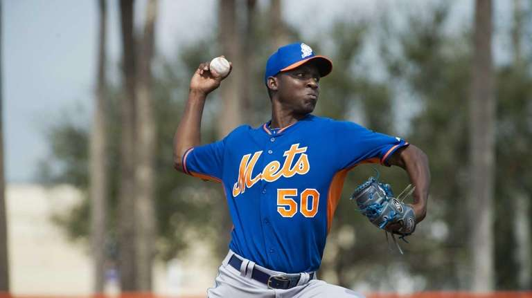 Mets pitcher Rafael Montero throws live batting practice