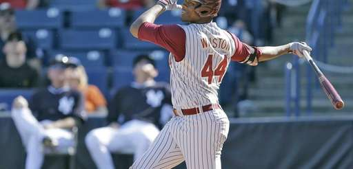 Florida State's Jameis Winston swings at an eighth-inning