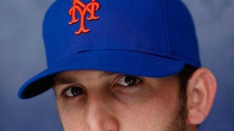 Jonathon Niese of the New York Mets poses