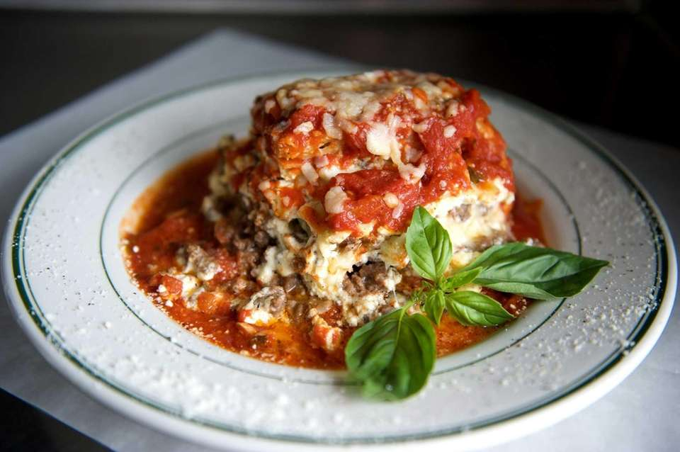 Emilio's, Commack: Emilio Branchinelli's three-layer Italian American lasagna