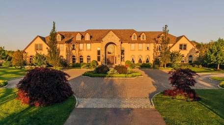 This 37-acre Mattituck estate with a 14,000-square-foot house