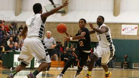Imran Ritchie of the Uniondale Knights controls the
