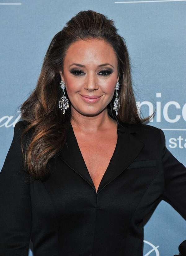 Leah Remini arrives at the 2014 UNICEF Ball