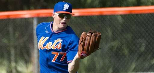 Mets outfielder Brandon Nimmo catches a fly ball