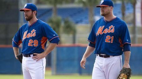 Ike Davis, left, and Lucas Duda during Mets