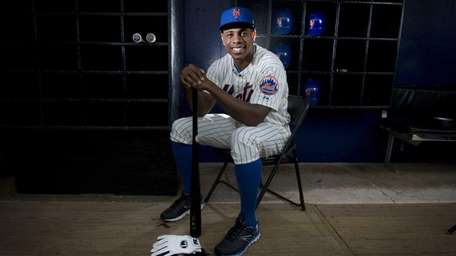 Mets' Curtis Granderson is photographed during photo day