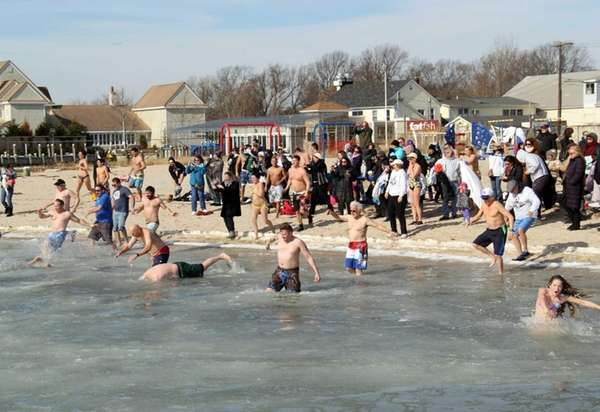 AHRC Suffolk hosted its annual Polar Bear Splash