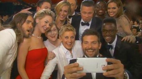 Host Ellen DeGeneres tells Meryl Streep that since